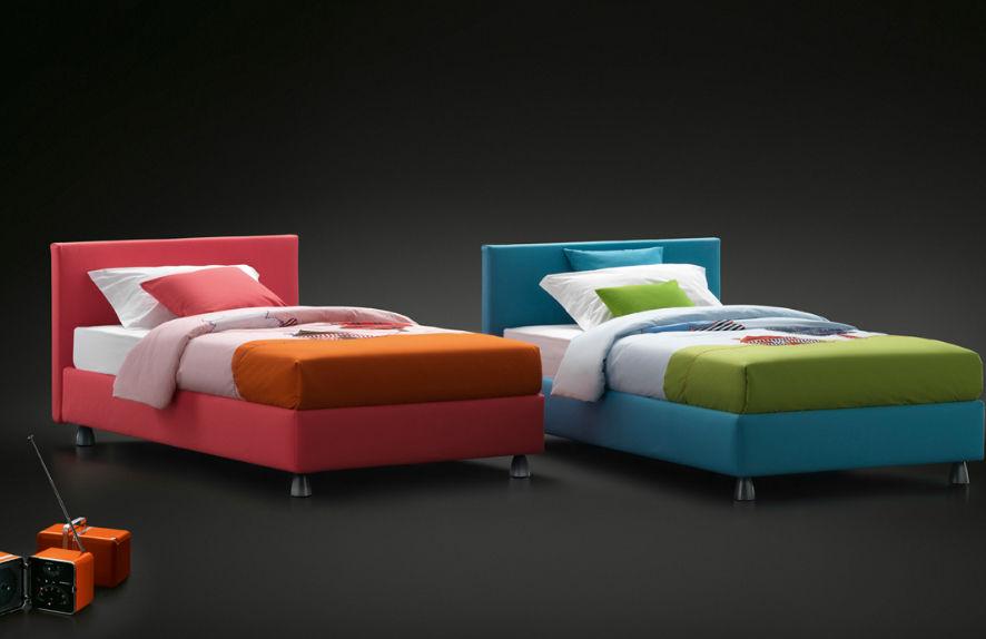 Einpersonenbett / modern / Polster / Kopfteil