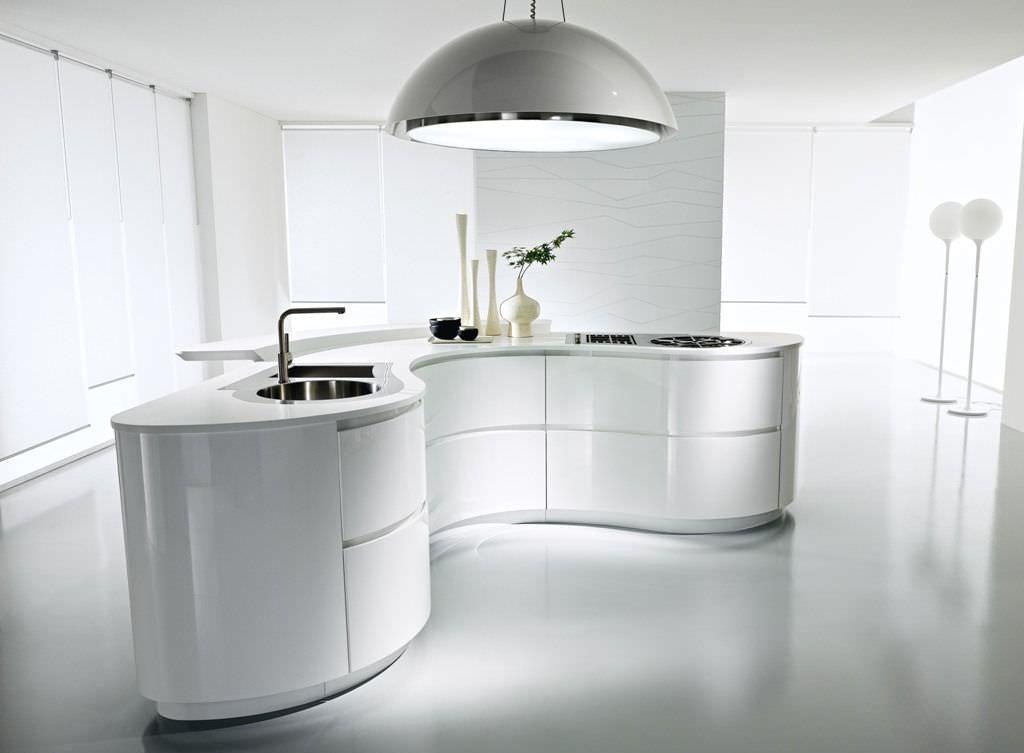 Moderne Küche / Holz / lackiert / mit integriertem Griff ...