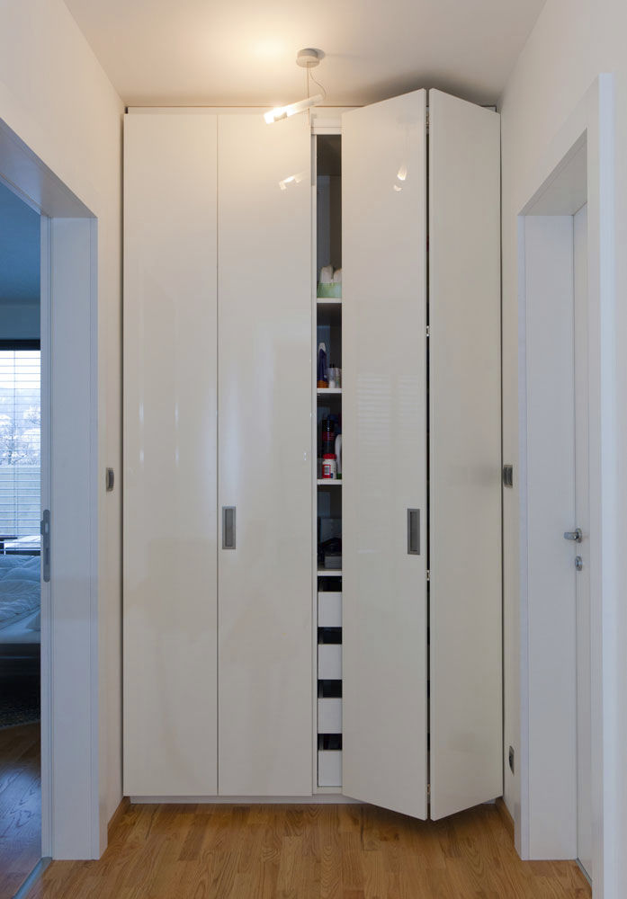 Moderner Kleiderschrank / Holz / Falttüren - LUGI