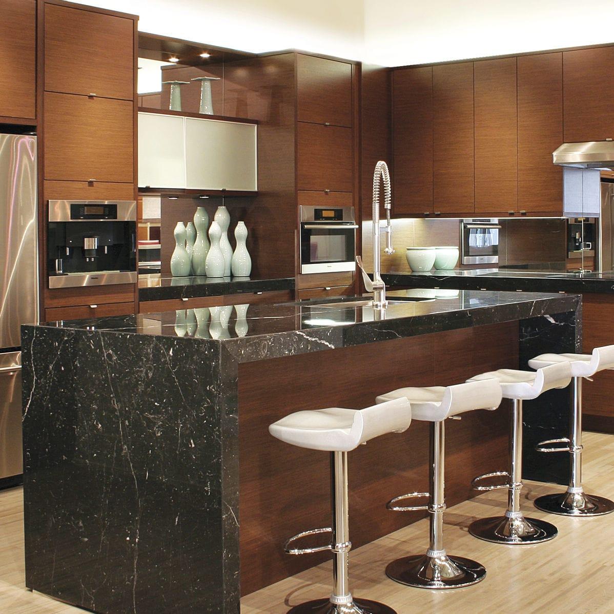 Granit-Arbeitsplatte / für Küchen / kundenspezifisch ...