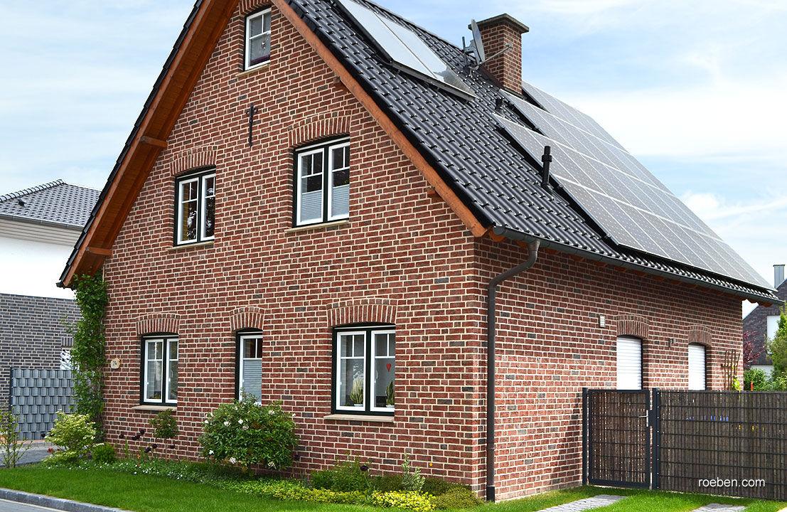 Massivziegel Isolierend Fur Fassaden Rot Formback
