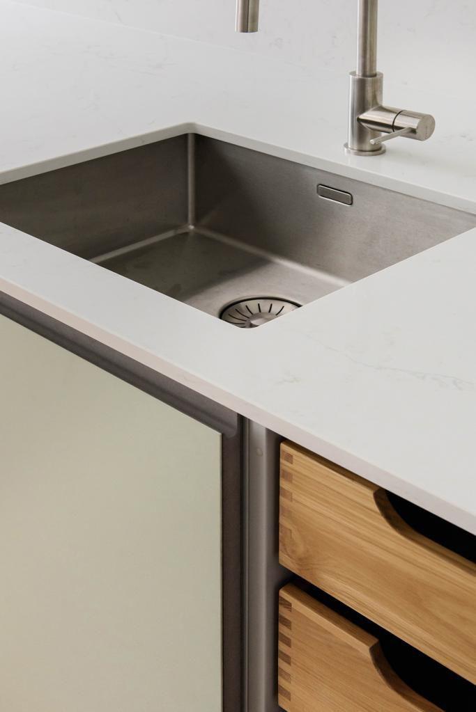 Moderne Küche / aus Eiche / Marmor / Linoleum - RJ - 45 Kilo