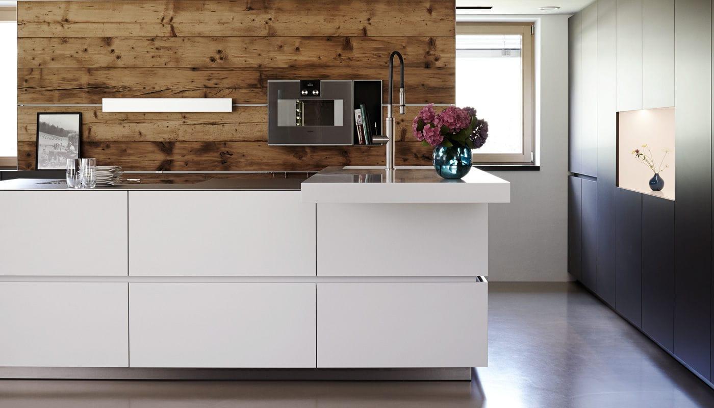 Moderne Küche / Edelstahl / Laminat / Kochinsel - VILLA ...