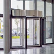 Eingangstür / Metall / Dreh / verglast