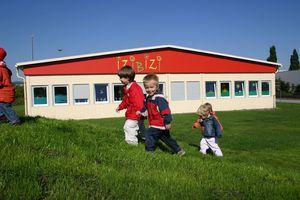 Modulgebäude / aus verzinktem Stahl / Stahlrahmen / für Kindergarten