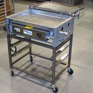 Zubereitungstisch für das Glasieren von Backwaren