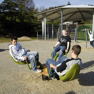 Kunststoff-Wippgerät / Stahl / Natur / 3 Plätze