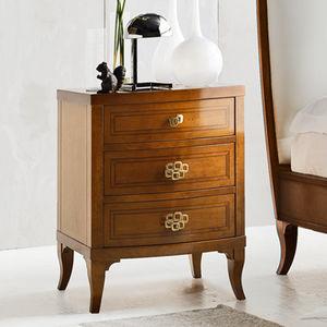 klassischer Nachttisch / lackiertes Holz / Massivholz / mit Fußgestell aus Massivholz