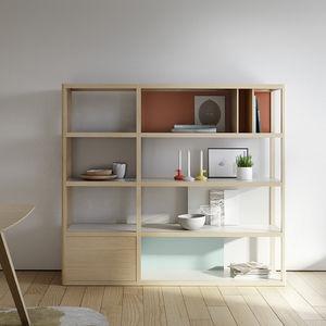 modernes Regal / lackiertes Holz / aus Eiche / Marmor
