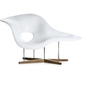 Liege / organisches Design / Stahl / Polyurethan / von Charles & Ray Eames