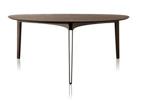 moderner Tisch / Stahl / mit Fußgestell aus Stahl / dreieckig