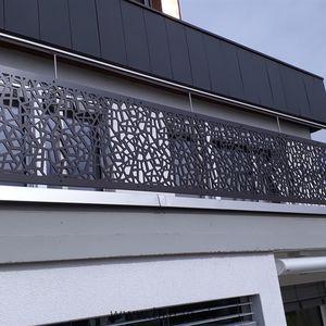 Platten-Balkon / Holz