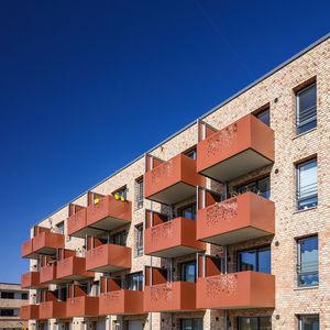 Holzbalustrade / HPL / Platten / Außenbereich