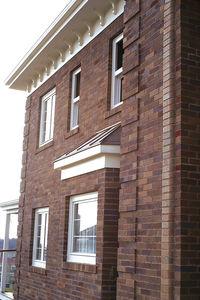 Hohlziegel / für Fassaden / für Innenwand / braun