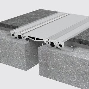 Aluminium-Dehnungsfuge / für Böden / für Parkplätze / für Industrieanwendung