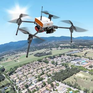 Drohne mit Drehflügeln