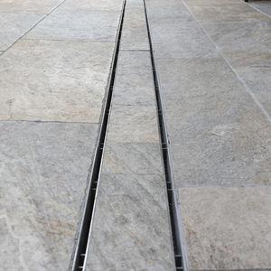 Abflussrinne / verzinkter Stahl
