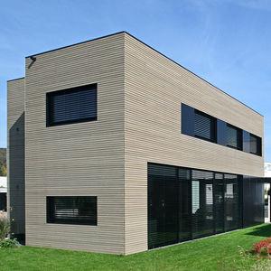 Fassadenverkleidung aus Lamellen / Aluminium / Verbundwerkstoff / Naturoptik