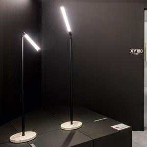 Bodenlampe / modern / Aluminium / dimmbar