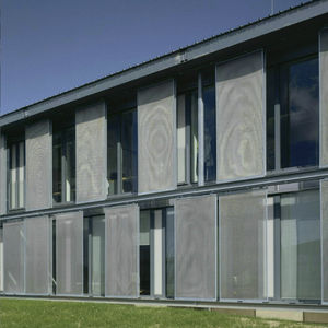 Schiebe-Fensterläden / Metall / für Fassaden / nach Maß