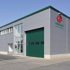 sektionale Industrietore / Stahl / automatisch / wärmeisoliert