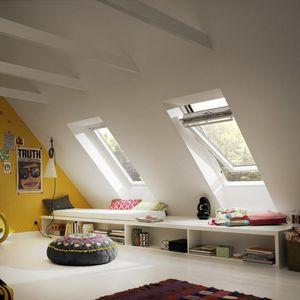 Dachfenster mit zentraler Drehachse