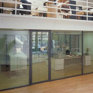 abnehmbare Trennwand / festinstalliert / verglast / Aluminium