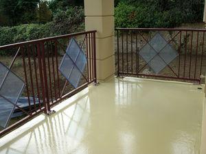 Flüssigkeitsabdichtung für Fußböden / Polyurethan