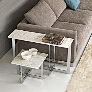 moderner Beistelltisch / Glas / Metall / Marmor