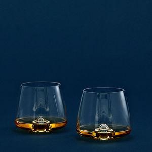 Whiskeyglas / für Privatgebrauch / Objektmöbel