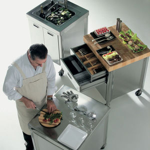 unabhängiges Küchenelement / auf Rollen