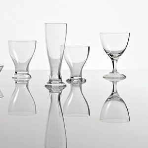 Weinglas / mit Stiel / Privatgebrauch / Objektmöbel