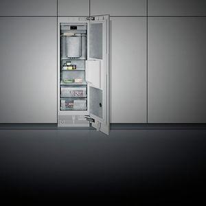 weißer Gefrierschrank / Edelstahl / energiesparend / europäisches Ökolabel