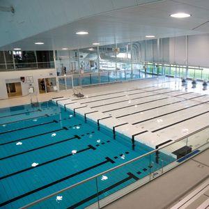 Verstellbarer Boden / für Schwimmbäder