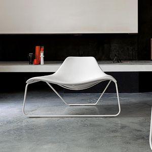 moderner Kaminsessel / Leder / schwarz / weiß