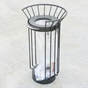 Park-Abfallbehälter / Aluminium / modern / mit integriertem Aschenbecher