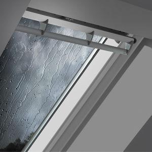Projektions-Dachfenster / Schwing / Holz / Doppelverglasung