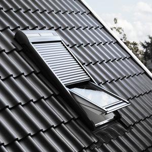 Rolladen / lackiertes Aluminium / für Dachfenster / hochbelastbar