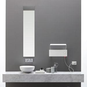 Heißwasser-Badheizkörper / elektrisch / Metall / modern