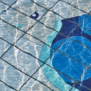 Fliesen für Schwimmbecken / für Fußböden / Feinsteinzeug / Tiermotiv