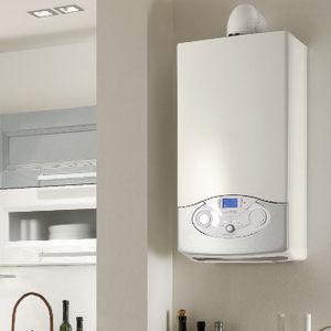 Gas-Heizkessel / wandmontiert / Wohnbereich / auf Kondensationsbasis