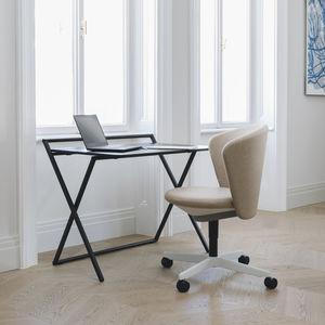 freistehender Schreibtisch