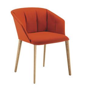 moderner Stuhl / mit Armlehnen / mit abnehmbarem Bezug / Stoff