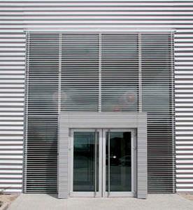 Fassadenverkleidung aus Lamellen / Aluminium / Dekorputz / Legierung