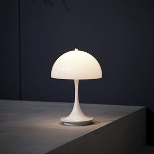 tragbare Lampe / modern / Aluminiumguss / aus Acryl