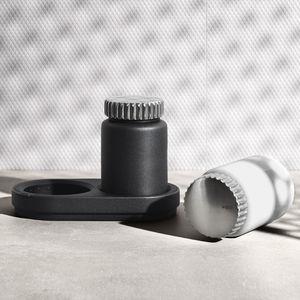 Salz- & Pfefferstreuer / Keramik / Edelstahl / Privatgebrauch
