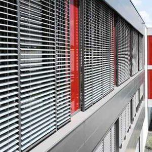 Jalousie-Rollos / extrudiertes Aluminium / Außenbereich / Sonnenschutz