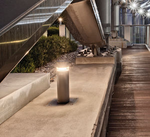 Leuchtpoller für öffentliche Bereiche