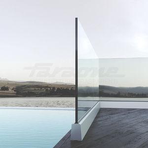 Glasgeländer / Aluminium / Glasplatten / Außenbereich