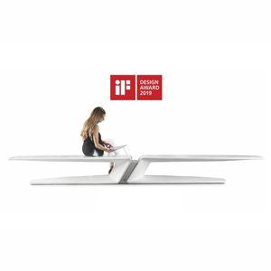 Parkbank / originelles Design / Hochleistungsbeton / mit Ladestation für Smartphone und Tablet